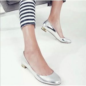 J.Crew • Janey Metallic Flats